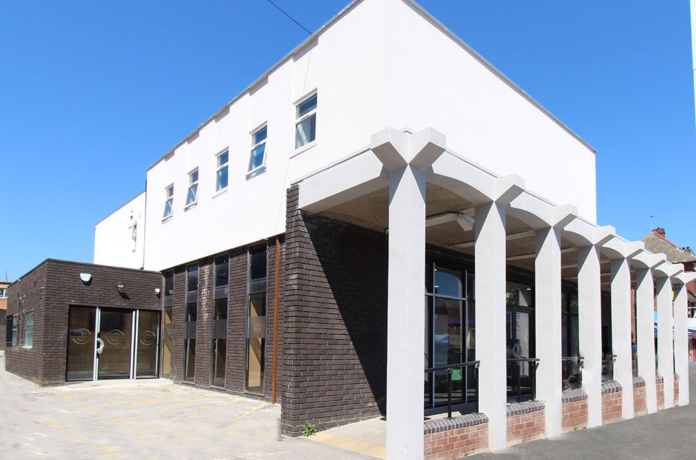 View of Shapeshifters Gym from the outside on a sunny day